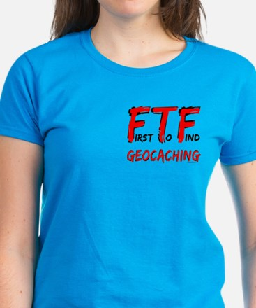 FTF Geocaching Pocket Image Women's Dark T-Shirt