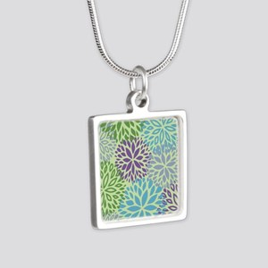 Vintage Floral Pattern Necklaces