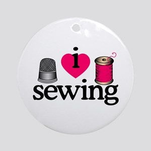 I Love Sewing/Thimble & Spool Ornament (Round)