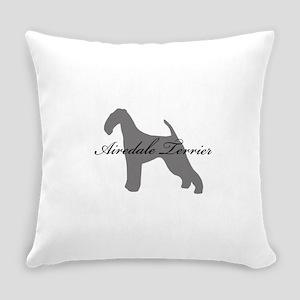 3-greysilhouette Everyday Pillow