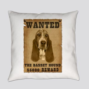 14-Wanted _V2 Everyday Pillow