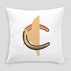 Horseshoes Everyday Pillow