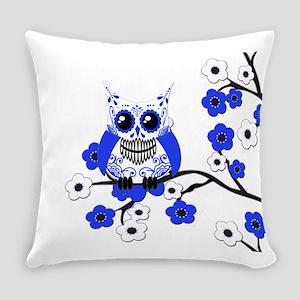 BW CB SK Owl Everyday Pillow