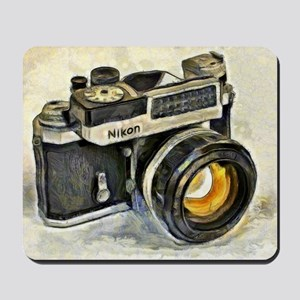 Vintage SLR camera with selenium meter Mousepad