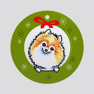 Parti Pomeranian Classic Wreath Ornament (Round)
