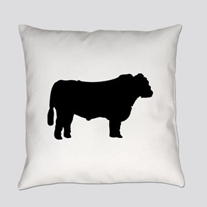 Black Angus Silhouette Everyday Pillow