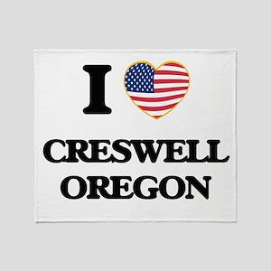 I love Creswell Oregon Throw Blanket