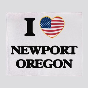 I love Newport Oregon Throw Blanket