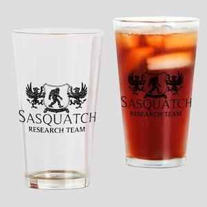 Sasquatch Research Team (Distressed) Drinking Glas