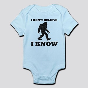 I Know Bigfoot (Distressed) Body Suit