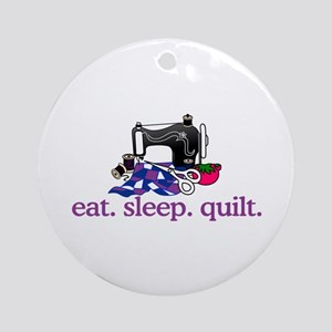 Quilt (Machine) Ornament (Round)