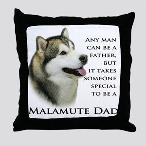 Malamute Throw Pillow
