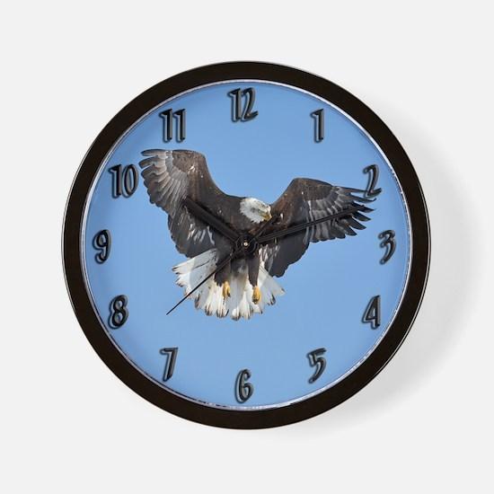 Eagle fluttering Wall Clock