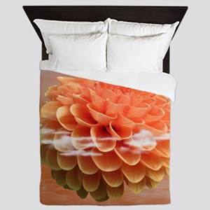 Surreal Coral Colour Dahlia Queen Duvet