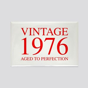 VINTAGE 1976 aged to perfection-red 300 Magnets