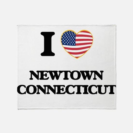 I love Newtown Connecticut Throw Blanket