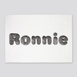 Ronnie Wolf 5'x7' Area Rug