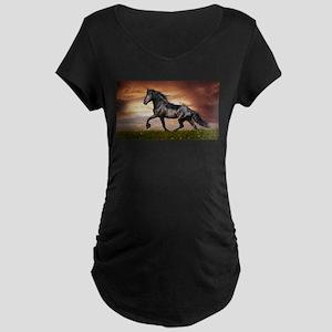 Beautiful Black Horse Maternity T-Shirt