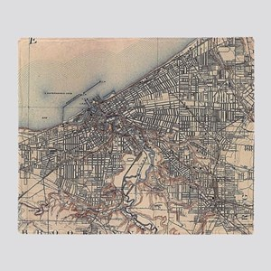Vintage Map of Cleveland (1904) Throw Blanket