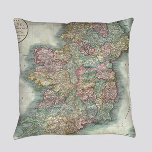 Vintage Map of Ireland (1799) Everyday Pillow