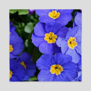 pretty blue garden flowers. floral pho Queen Duvet