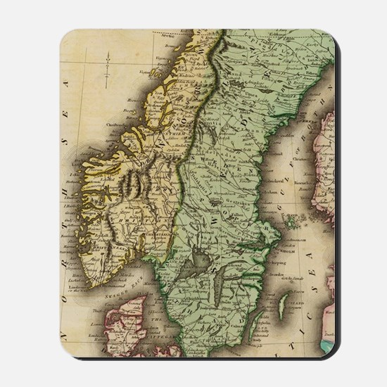 Vintage Map of Norway and Sweden (1831) Mousepad
