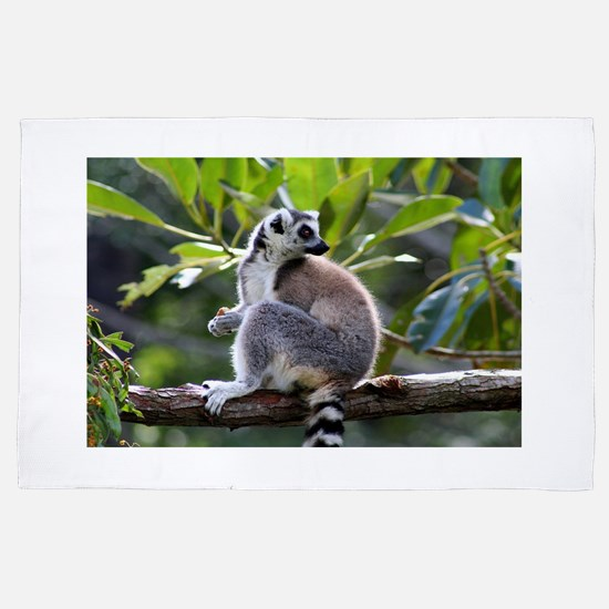 Ring-tailed lemur 4' x 6' Rug