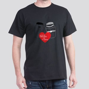 Season of love, salt and pepper T-Shirt