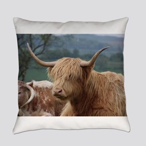 Highland cattle Everyday Pillow