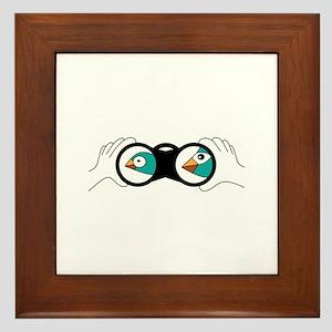 Bird binoculars Framed Tile