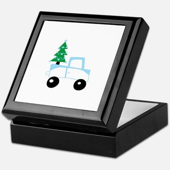 Christmas tree on car Keepsake Box