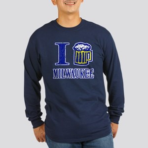 I BEER MILWAUKEE Long Sleeve Dark T-Shirt