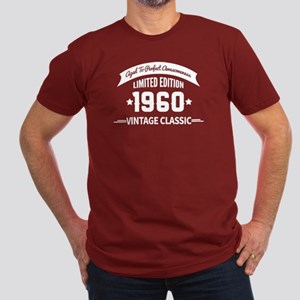 Birthday Born 1960 Age Men's Fitted T-Shirt (dark)