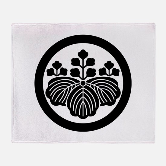 Paulownia with 5&3 blooms in circle Throw Blanket