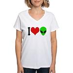 I Love Aliens Women's V-Neck T-Shirt