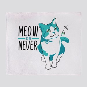 American shorthair cat meow or never Throw Blanket