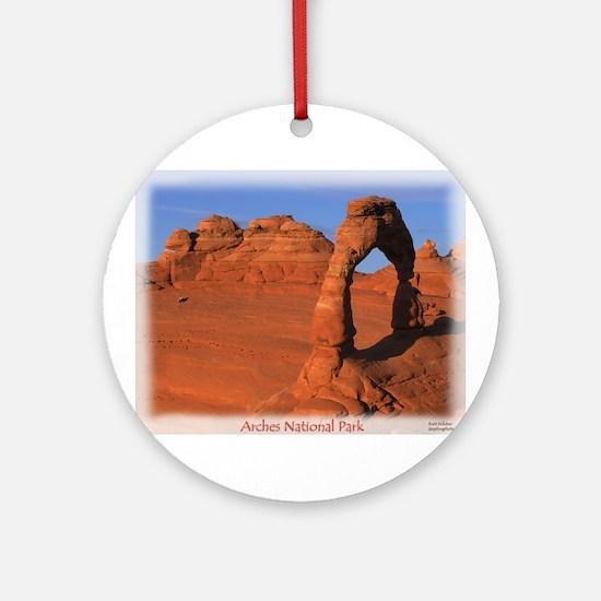 Delicate Arch Ornament (Round)