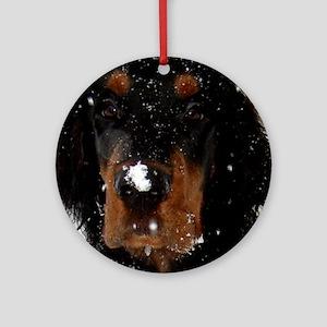 Gordon Setter Pup: Fun in the Snow Ornament (Round