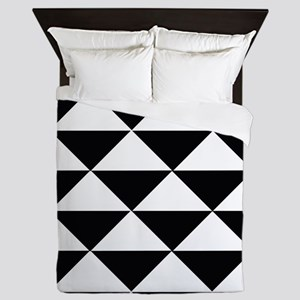 Sharp Black and White Triangles Queen Duvet