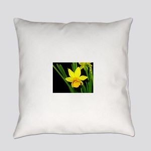YELLOW DAFFODIL Everyday Pillow