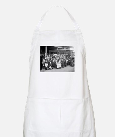 Rose's Royal 25 Midgets BBQ Apron
