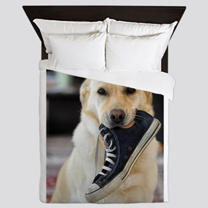Labrador Retriever with Shoe Queen Duvet