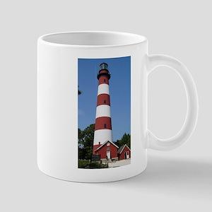 Asateague lighthouse (bright) Mugs