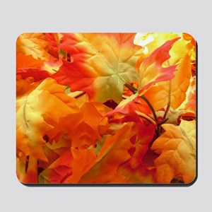 Bright fall leaves Mousepad