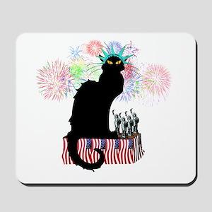 Lady Liberty - Patriotic Le Chat Noir  Mousepad