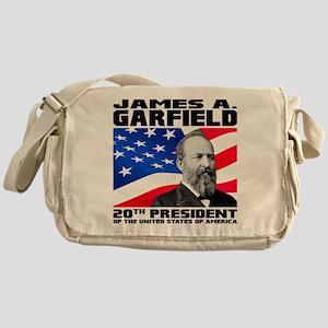 20 Garfield Messenger Bag