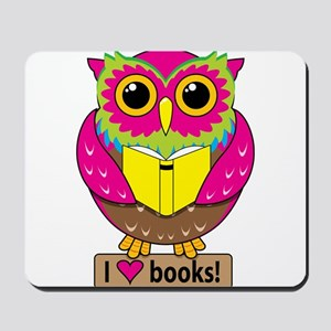 Owl Love Books Mousepad