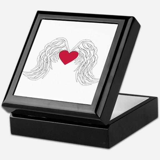 angel wings with heart Keepsake Box