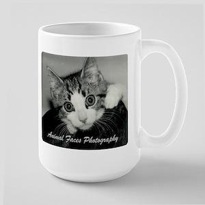 Adorable kitten Large Mug