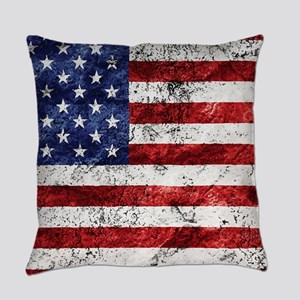 Grunge American Flag Everyday Pillow